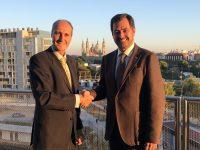 Firma convenio fundación APE CEOE Zaragoza