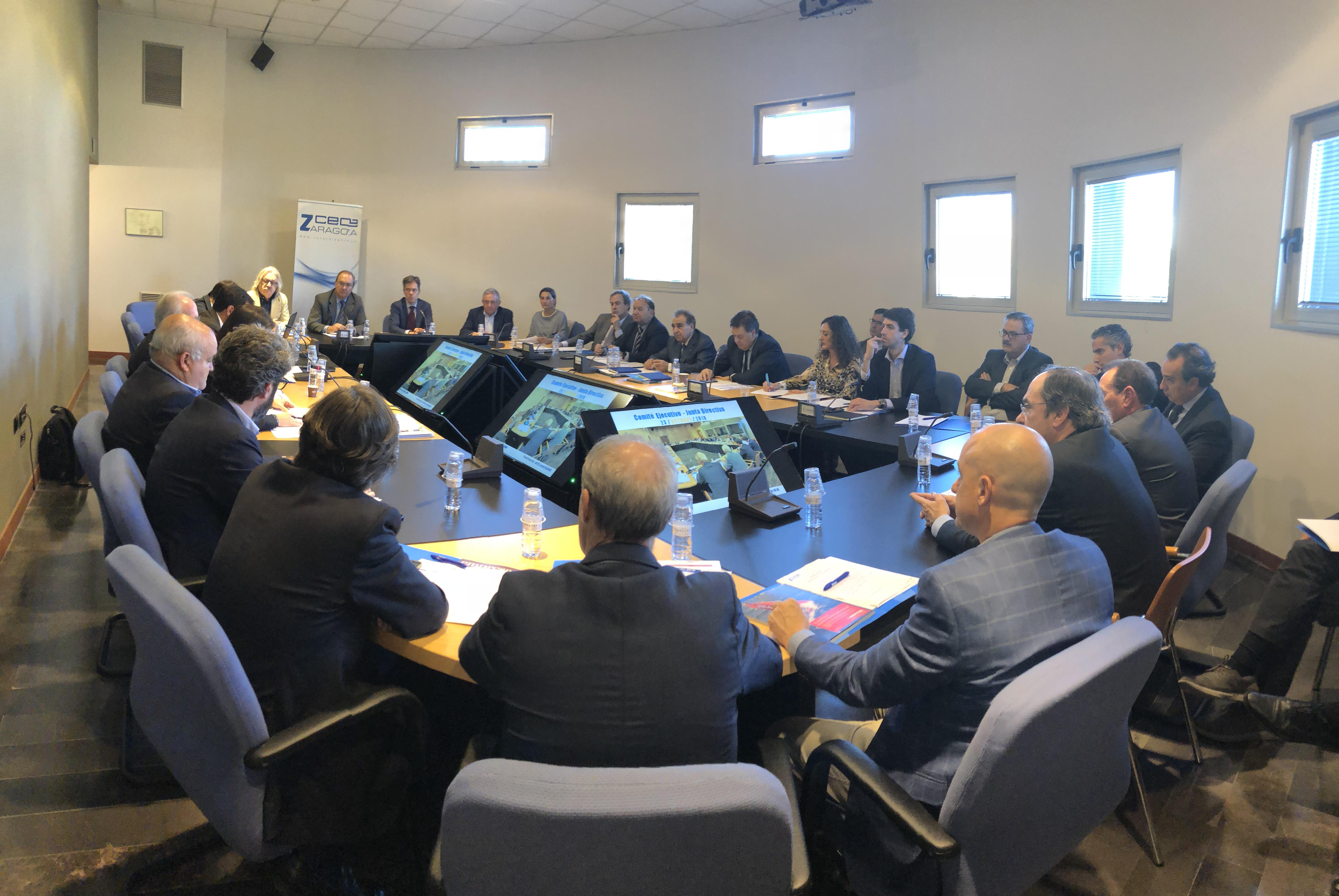 Reunión Empresarios CEOE Zaragoza